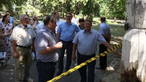 Проект Володина поможет сохранить уникальную усадьбу в Падах
