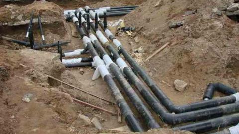 «КВС» ведут работы на двух участках водопровода