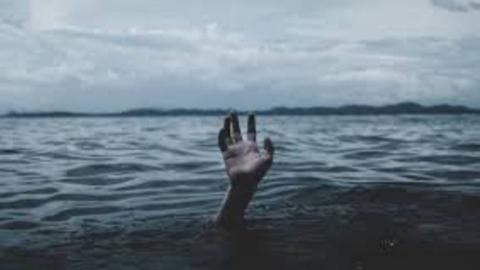 Несколько часов назад в пруду утонул мужчина