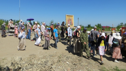 Сегодня начался крестный ход Балашов - Вавилов Дол