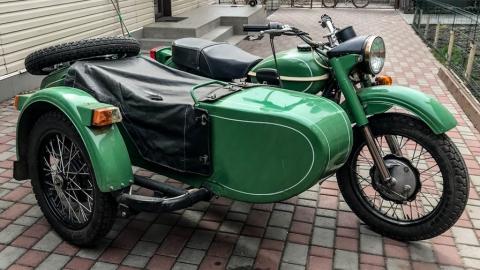 Полицейского сбили коляской мотоцикла
