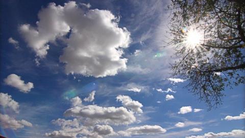 Жаркая погода возвращается в Саратовскую область