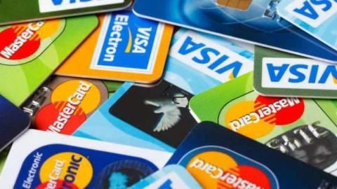 Жители региона стали чаще прибегать к безналичным расчетам при покупке товаров
