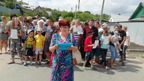 Проблему с автобусом в Князевке решили после критики Исаева
