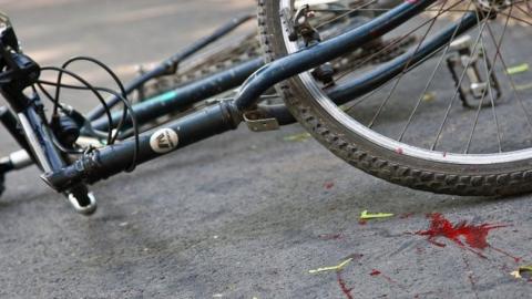 Юный велосипедист попал под колеса авто в Саратове