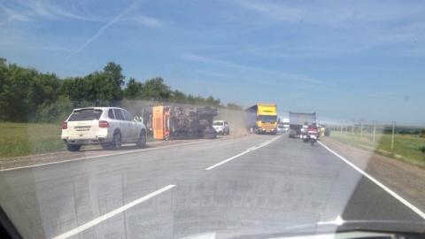Водитель «Рено Сандеро» погиб после столкновения с грузовиком
