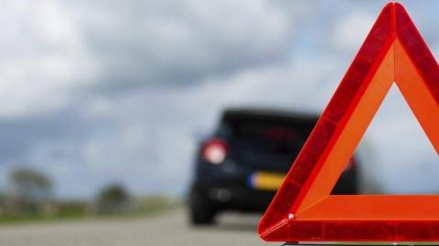 Час назад мужчина погиб в ДТП на трассе