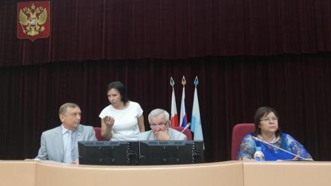 Сергей Наумов сегодня сложит депутатские полномочия