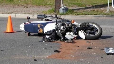 Мотоциклист погиб на набережной в Балакове