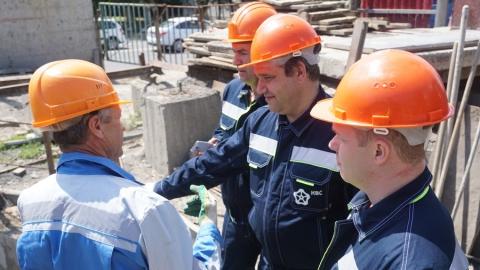 Члены городской общественной палаты ознакомились с ходом строительства канализационного коллектора