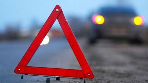 Две дорогих иномарки столкнулись на Усть-Курдюмском шоссе