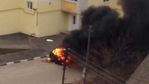 Ранним утром в Саратове сгорел ВАЗ 2104