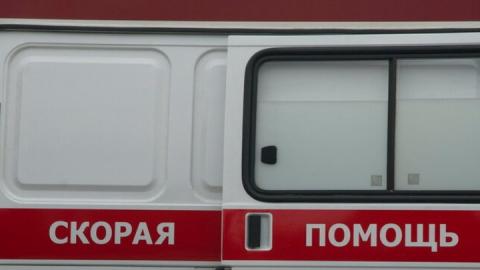 Мужчина и женщина ранены в аварии, которую спровоцировал водитель КамАЗа
