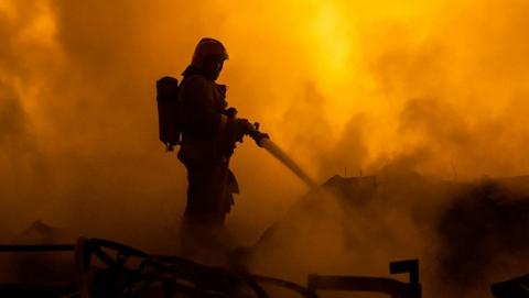 Ночью в Саратове сгорели двое мужчин