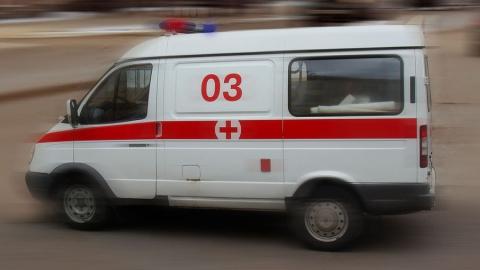 Женщина выпала из окна и разбилась насмерть