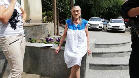 Чиновники министерства соцразвития посетили потерявшуюся в Саратове пенсионерку