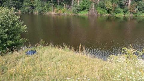 Рыбака нашли мёртвым в пруду