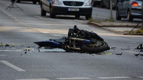 Мужчина на «Шевроле» сбил молодого мотоциклиста