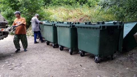 Во Фрунзенском районе Саратова установлено 92 новых мусорных контейнера