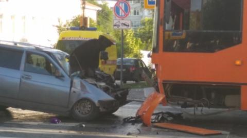 Появилась видеозапись смертельного ДТП в центре Саратова