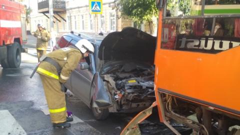 Насмерть сбивший женщину в центре Саратова водитель госпитализирован