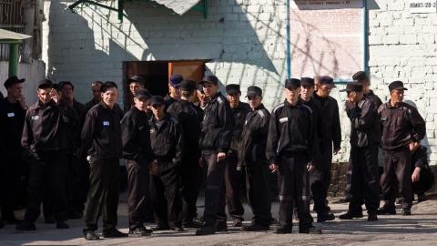 Заключённые в России будут работать за пределами колоний