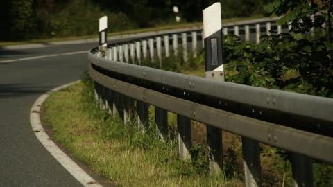В аварии с иномаркой пострадал мотоциклист