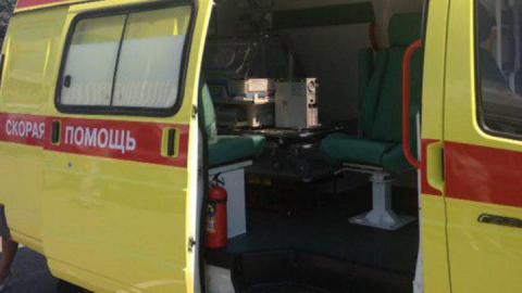 Оторвавшийся от КамАЗа прицеп ранил трех взрослых и маленького ребенка