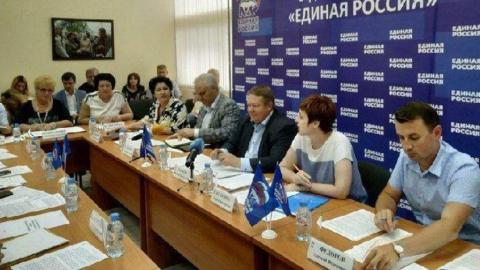 Николай Панков предложил взять школьное питание на партийный контроль
