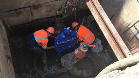 Специалисты ООО «КВС» заменили запорное оборудование на водопроводе