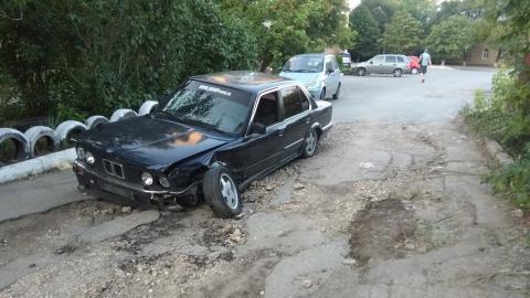На саратовской дороге у BMW отвалилось колесо