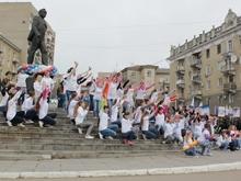 У памятника Юрию Гагарину прошел торжественный митинг