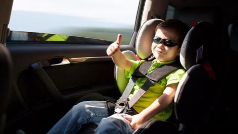 18 саратовских водителей возили детей в машинах без специальных кресел