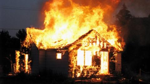 Следователи раскрыли подробности смертельного пожара в Ртищеве