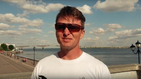 """Едущий из Перми в Сочи велосипедист поставил Саратову """"лайк"""" за экологию"""