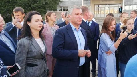 Вячеслав Володин посетил одну из лучших школ России