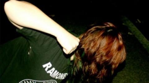 Сексуальный маньяк напал на жительницу Балакова в подъезде