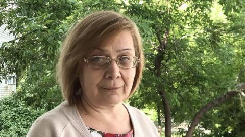 Учительница из Саратова благодарит Володина за спортплощадку