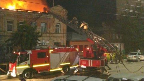В управлении по ЧС рассказали о подробностях ночного пожара в Саратове