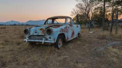 В России предложили законодательно запретить эксплуатацию старых автомобилей