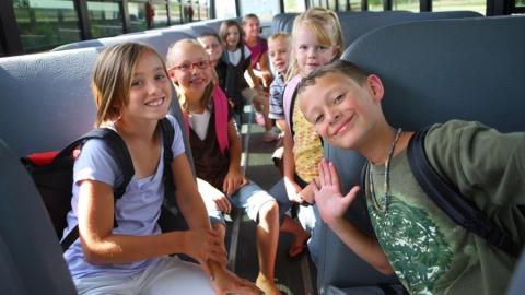 Детей из Челябинска, вынужденных задержаться в Хвалынске, отправили домой