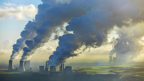 Прокуроры предупредили «Саратоворгсинтез» о загрязнении воздуха