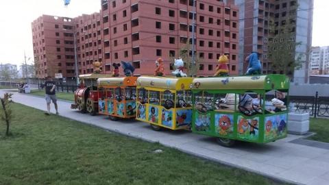 Мэр Исаев прокомментировал происшествие с попавшим под детский паровозик малышом