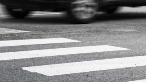 Полицейские устанавливают личность сбившего в Солнечном пешехода водтителя