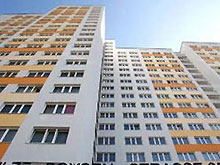 Правительство области закупается квартирами в районах