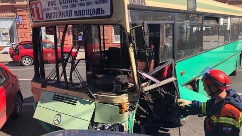 В ДТП на Московской ранены девять человек