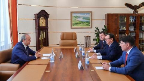 Валерию Радаеву представили нового начальника УФСБ по Саратовской области
