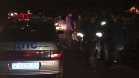Водитель и два пассажира сгорели во влетевшем в столб «Мерседесе». 15-летняя девочка попала в больницу