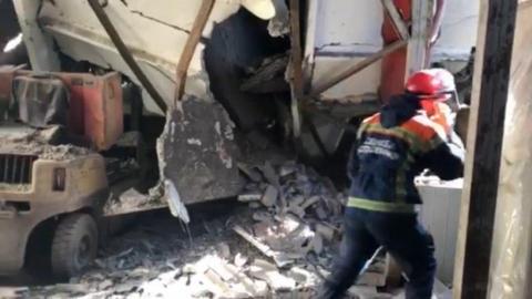 Обрушение крыши на заводе «ЕПК». Подробности