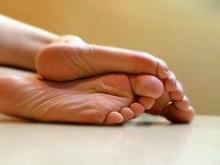 СУ СКР: Сироте ампутировали пальцы ног